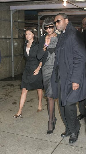 Elijah Shaw Escorting Celebrity Client Naomi C...
