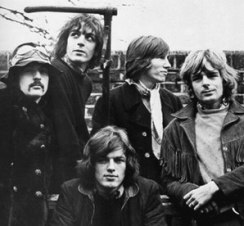 Pink Floyd in 1968 (from left to right): Nick ...