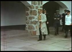 Berkas:Adolf Hitler at Berchtesgaden.ogg