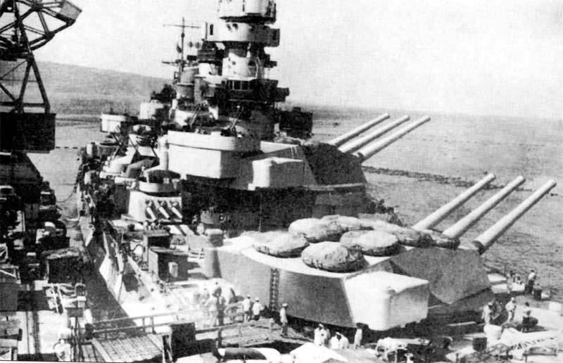 Approntamento finale della Corazzata Roma nei cantieri di Monfalcone (estate 1942)