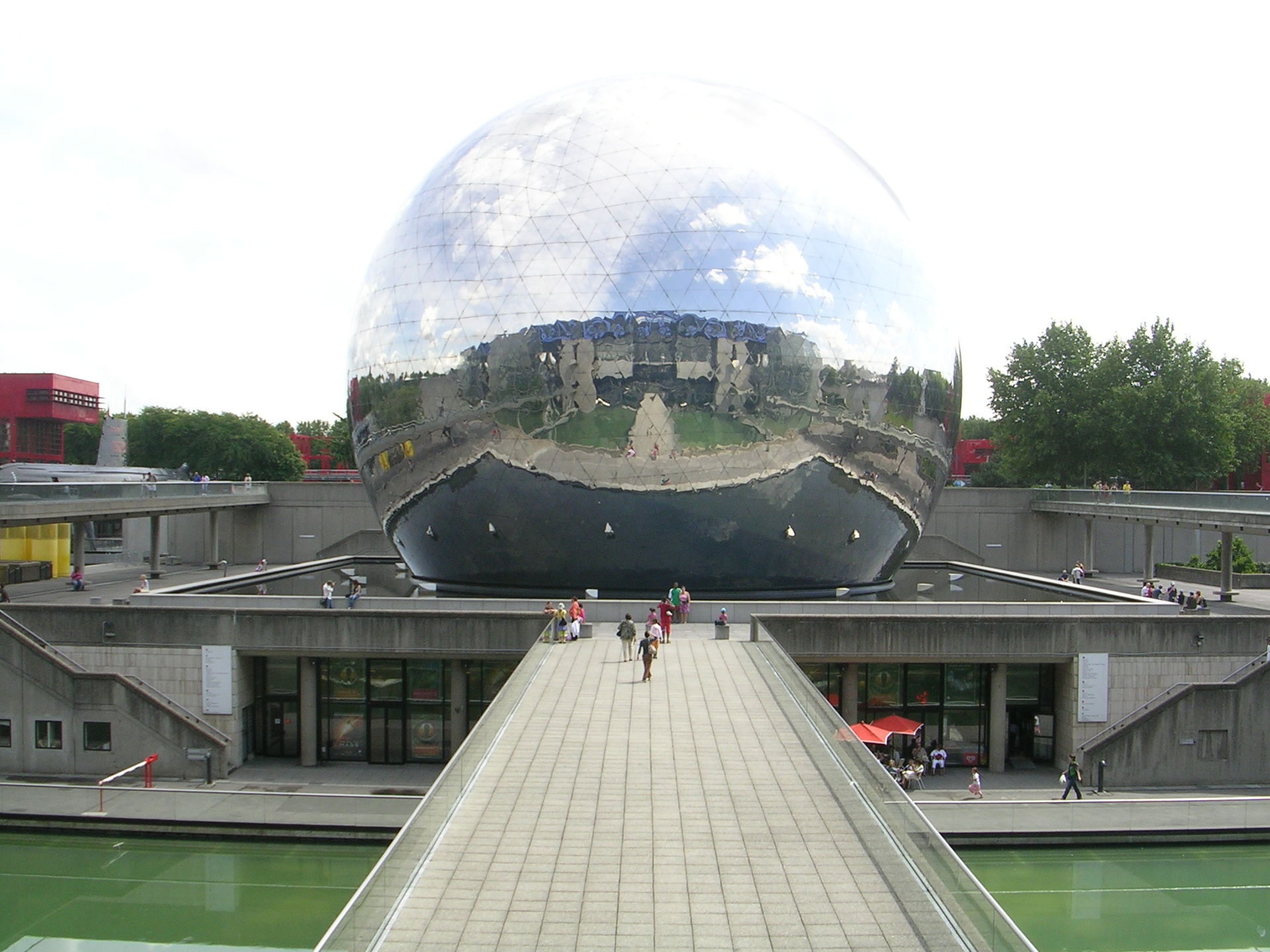 Geode Parigi  Wikipedia