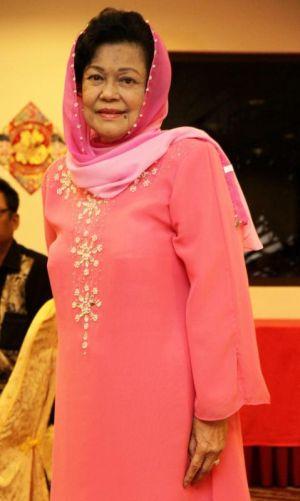 Latifah Omar  Wikipedia Bahasa Melayu ensiklopedia bebas