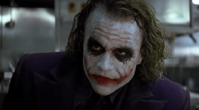 https://i0.wp.com/upload.wikimedia.org/wikipedia/zh/0/0b/The_Dark_Knight-Joker.PNG?resize=694%2C385&ssl=1