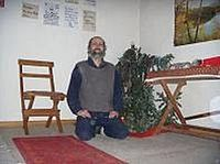 Yogi Nils mit Tannenbaum.JPG