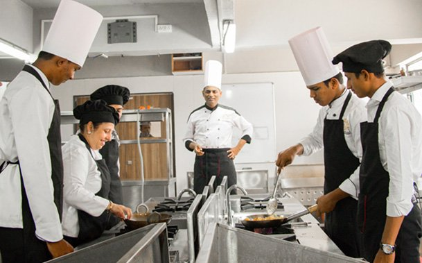 How to Find Best Chef Training Colleges in Pune