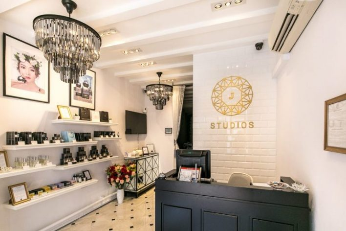 Best Extraction Facial Singapore J Studios