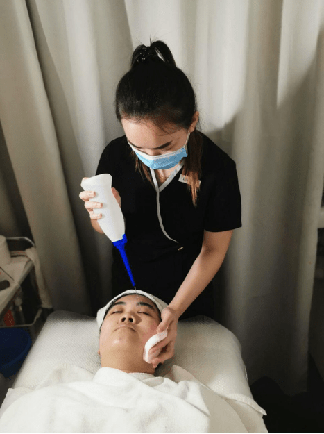 Best Extraction Facial June Skincare Water Spray Step