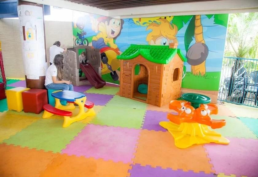 Dez restaurantes com brinquedoteca ou playground para a