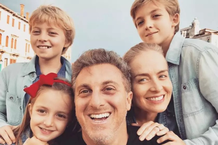 Angelica, Luciano Huck and children