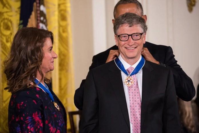 Melinda e Bill Gates com Barack Obama