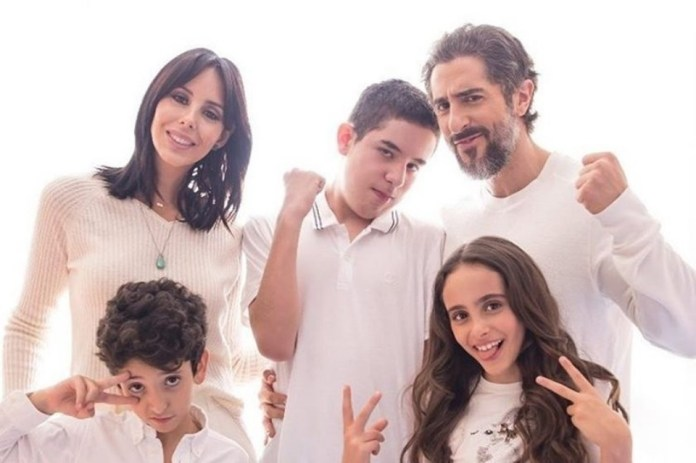 Marcos Mion e a família