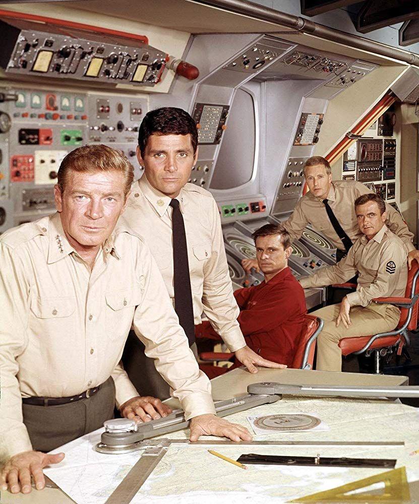 Voyage to the Bottom of the Sea 19641968  Neatorama