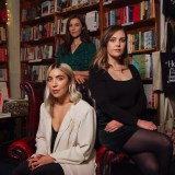 Saint Sister and Lisa Hannigan sing together on 'The Place That I Work'