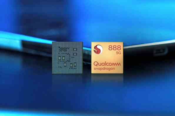 Snapdragon 888 Front Chip in Studio