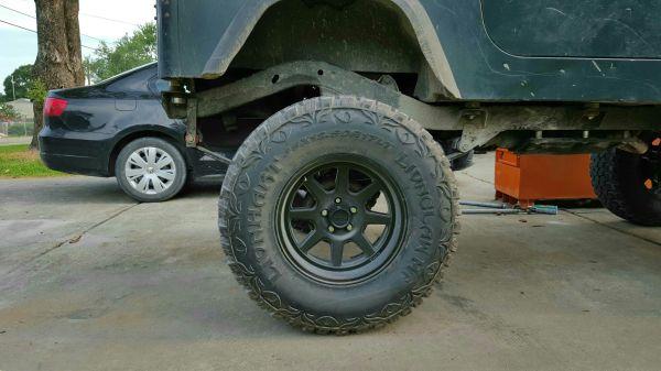 Nice Simple Black Rims - Jeep Wrangler Forum