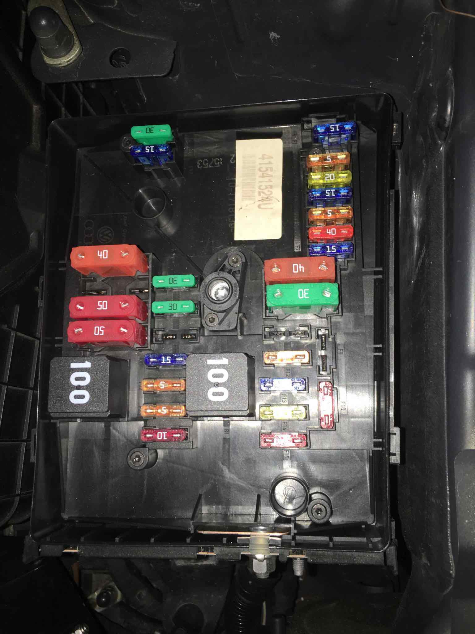 Fuse Box For Golf Mk4 Also 2012 Vw Golf Tdi Fuse Box Diagram As Well