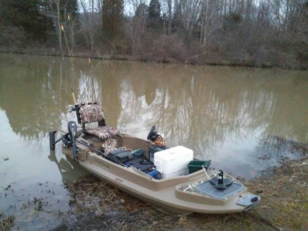 Beavertail Stealth 2000 Duck Hunting Boat