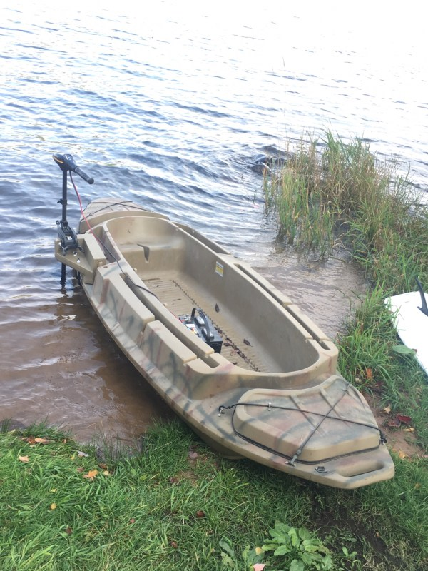 Open Water Hunting Sneak Boat Beavertail Diver Duck