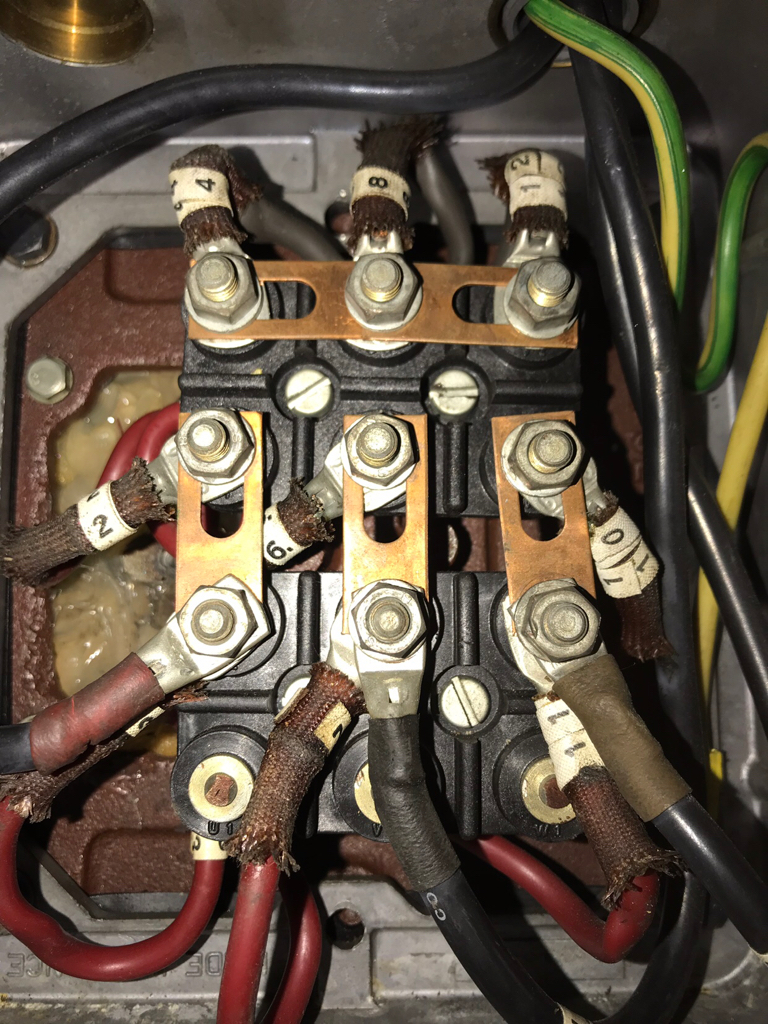 medium resolution of i m stuck on this motor the wiring doesn t match to diagram i ve never seen this before anyone have any ideas see pictures