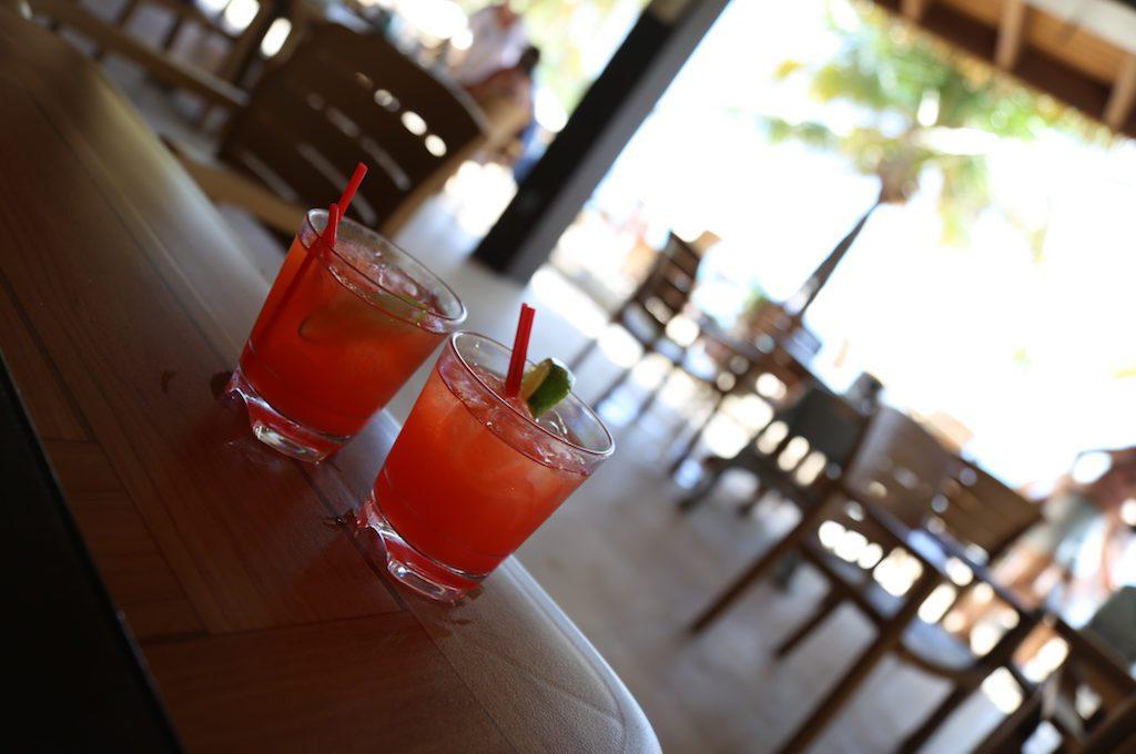 Grand Roatan Caribbean Resort bar