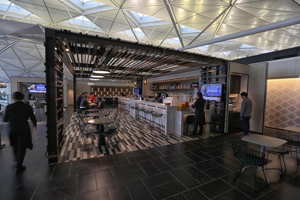 Amex Hong Kong Centurion Lounge bar