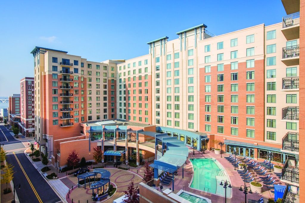 Second story pool deck at Club Wyndham National Harbor.