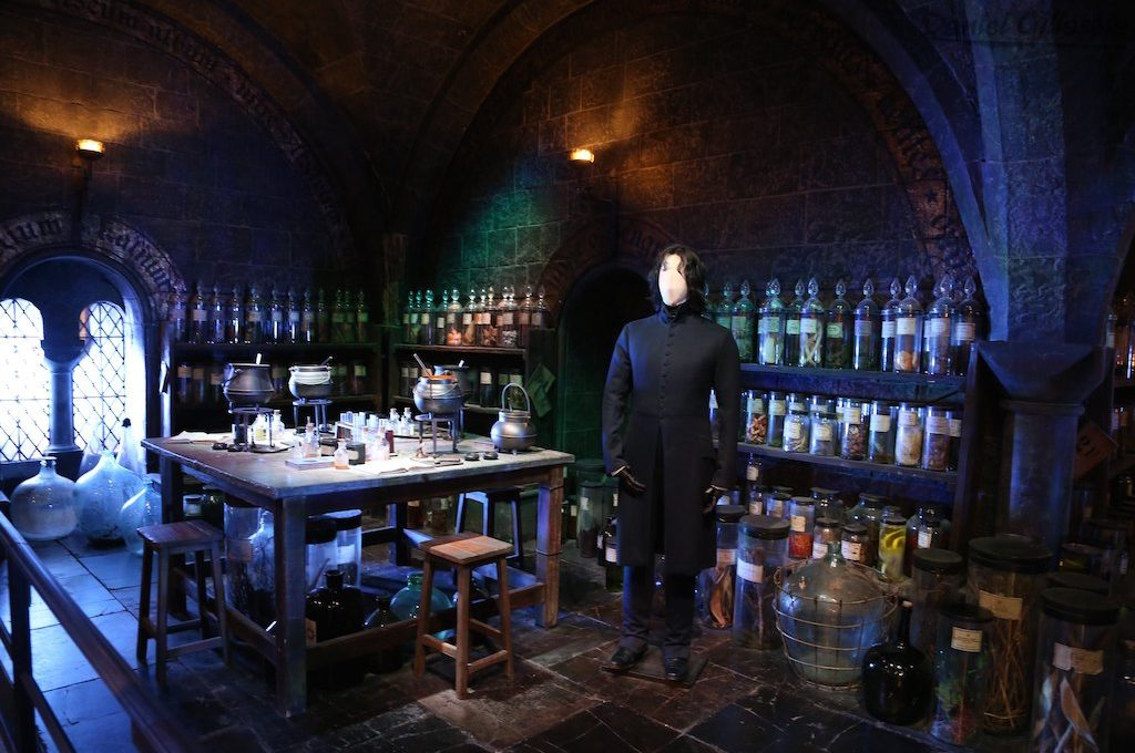 Snape in The Potion Room on Harry Potter London Tour