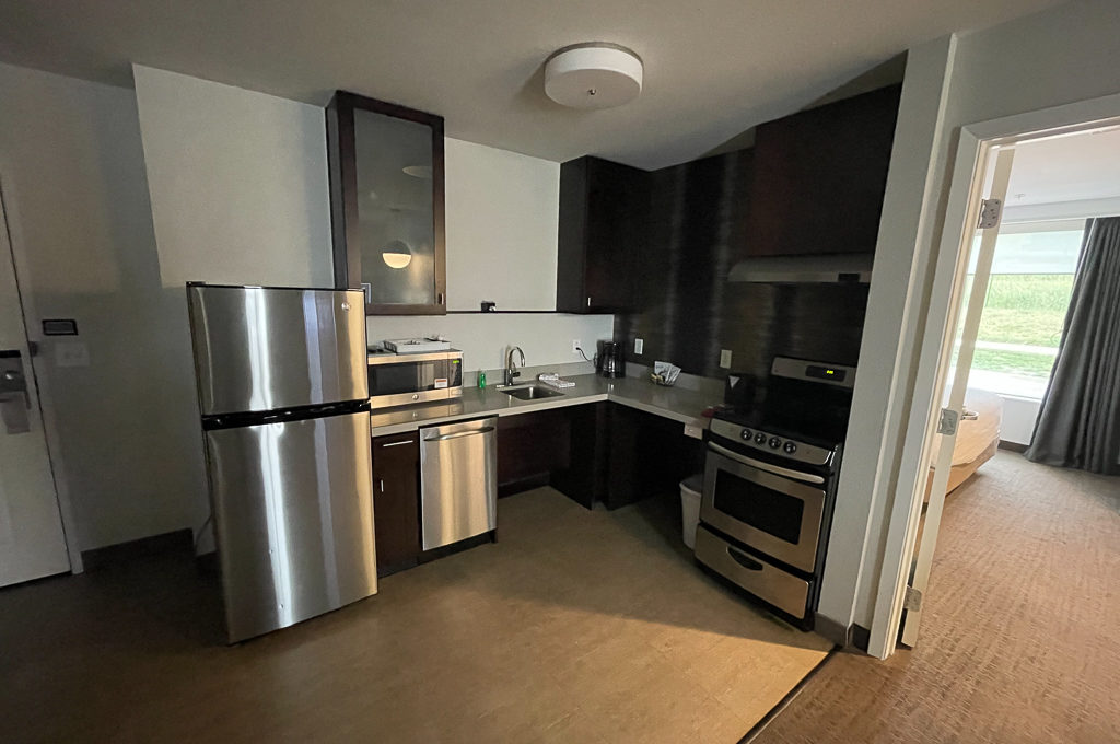 extended stay hotel kitchen