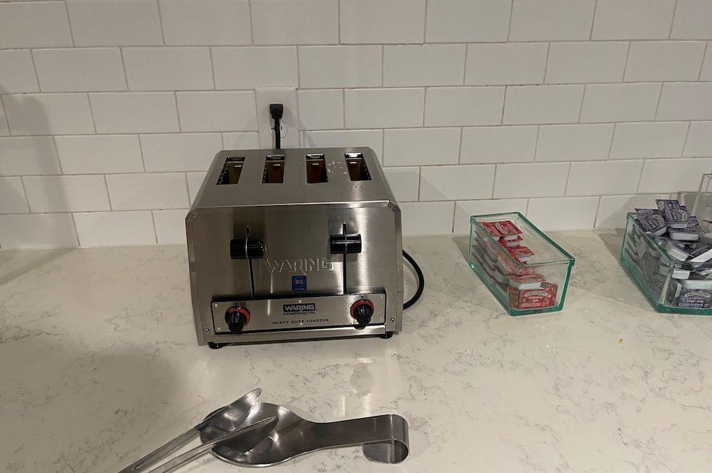 four slot toaster