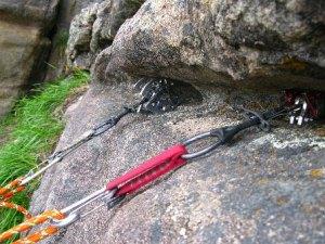 outdoor trad rock climbing class at upper limits rock climbing gym st. louis