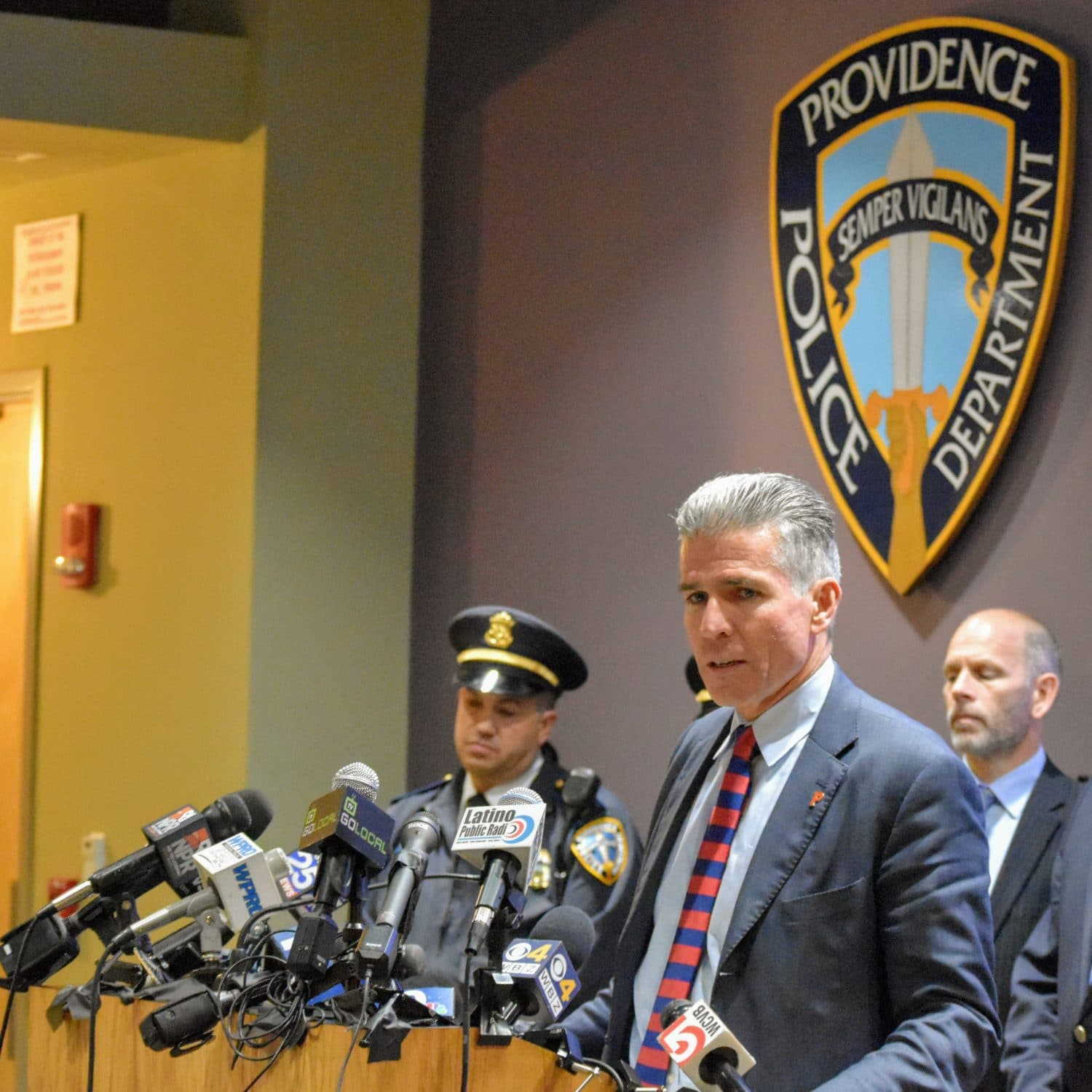 2017-11-10 PVD Public Safety press conference 01