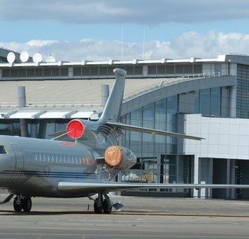 аеропорт київ бізнес джет