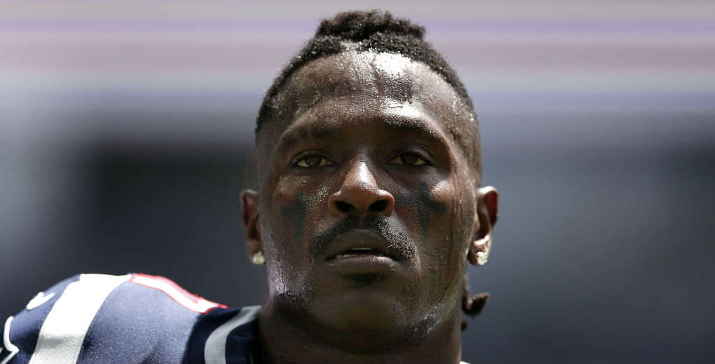 Antonio Brown Announced He S Done With The Nfl In Latest