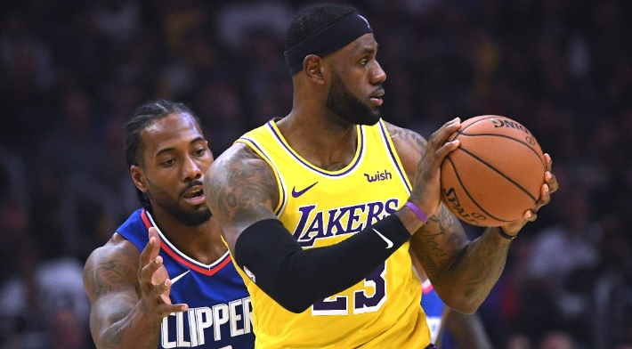 LeBron James Is Reportedly Hosting Workouts With Lakers Teammates
