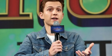 Tom Holland Has Strange Reaction To Sinister Six Question While Talking Spider-Man 3