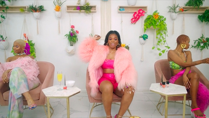 Ari Lennox Gets Pampered In Her Sexy Bussit Video