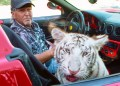 Tiger Kings Jeff Lowe Wont Make it Easy For Carole To Take Over Zoo