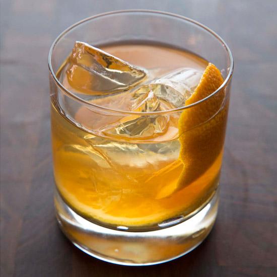 hd-201302-r-maple-bourbon-smash