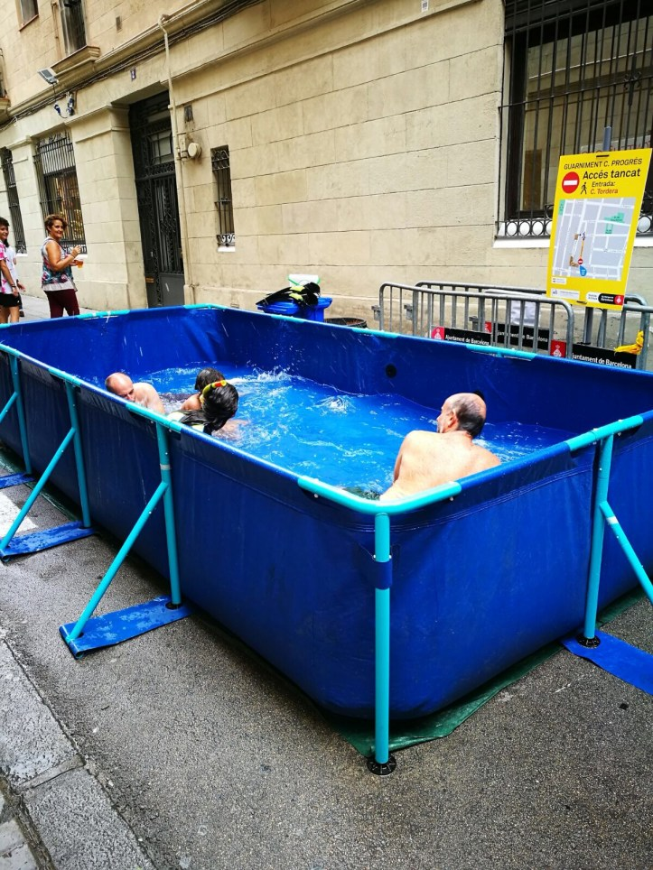 Fiesta de Gracia Barcelona - pop up pools