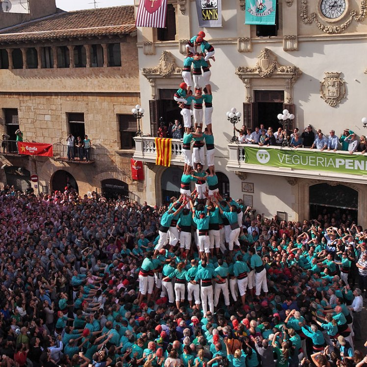 castells in catalunya human towers view from above