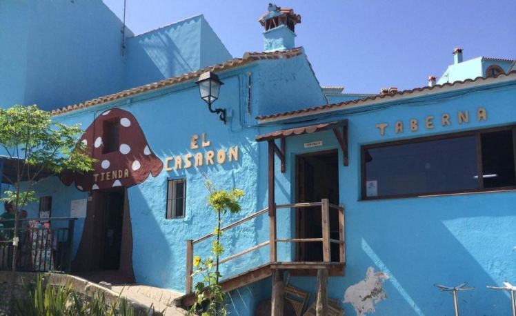 taverna in juzcar smurf village spain