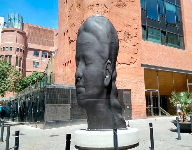 carmela iron sculpture in front of palau de la musica barcelona