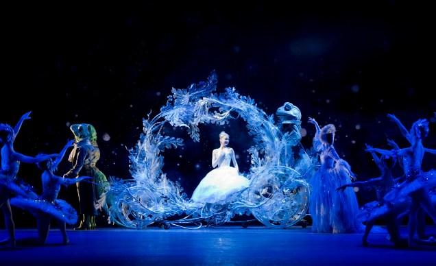 Birmingham Royal Ballet - Cinderella ©BILL COOPER