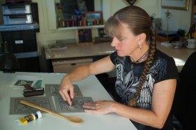 2015-10-12-Anita-carving---BEST