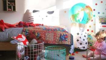 """Porque é que ter menos brinquedos irá beneficiar o seu filho """"As potenciais possibilidades de qualquer criança, são o mais intrigante e estimulante em toda a criação"""" - Ray L. Wilbur Os brinquedos não servem apenas para brincar."""