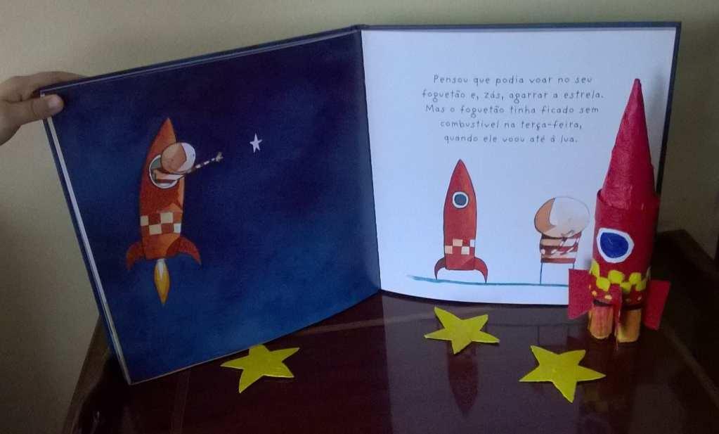 """Foguetão do livro """"Como apanhar uma estrela"""""""