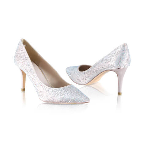 Perfect Bridal point toe court shoes crafted in satin with an all-over crystal embellishment. Has an elegant, leg elongating slim stiletto heel