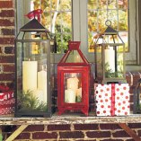 Christmas Decorating Ideas: Decorate Outside With Christmas Lanterns