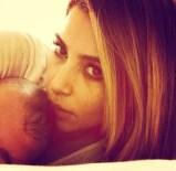 Kim Kardashian (@kimkardashian)