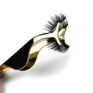 Gold magnetic eyelash application tool